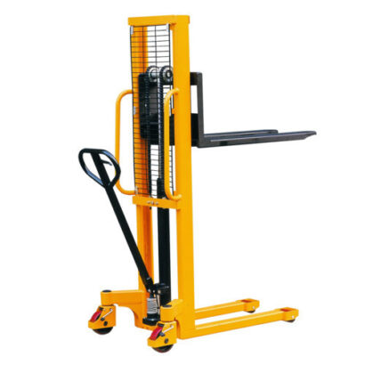 XILIN Straddle Manual Stacker with Adjustable Fork